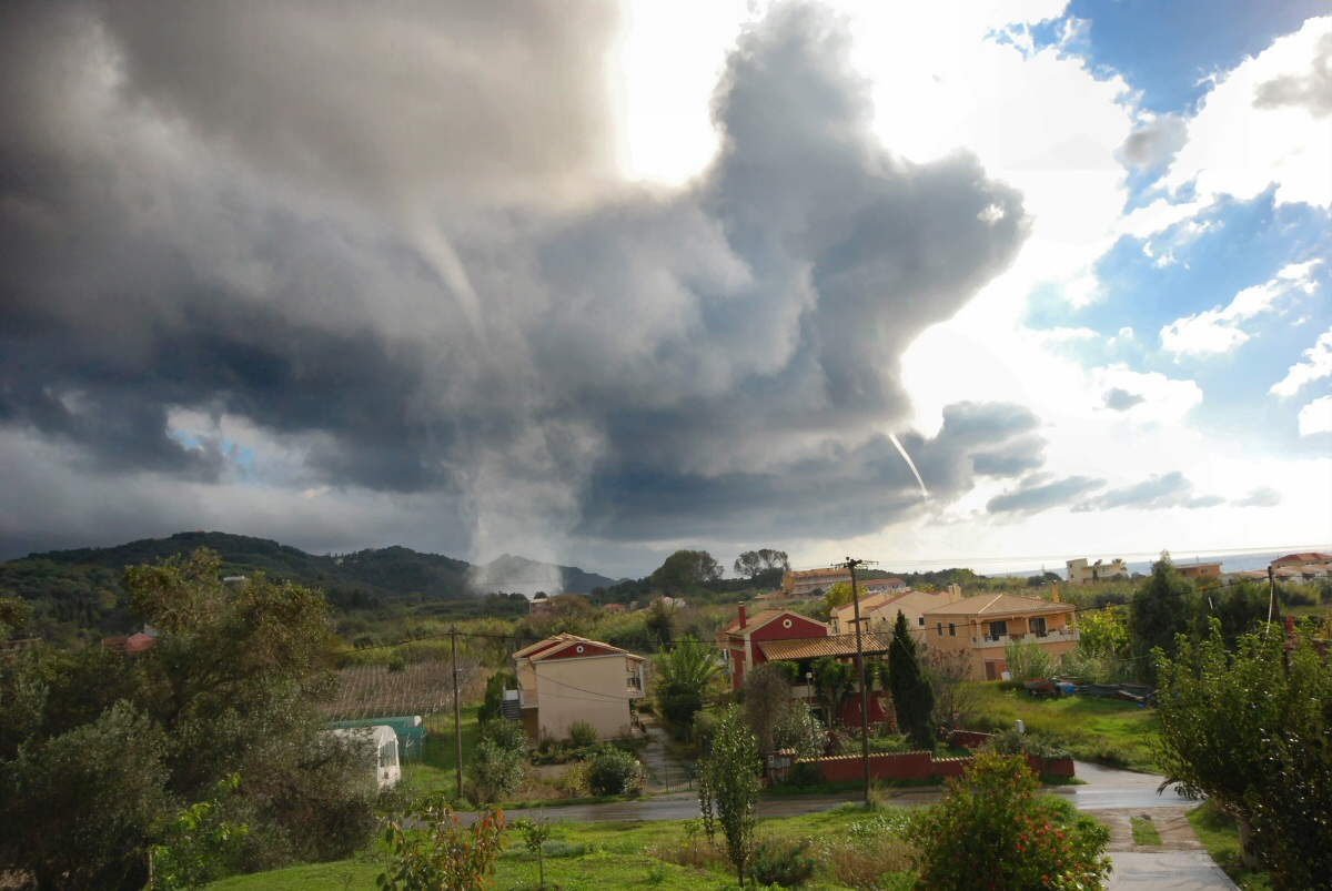 Tornado in South  Arillas Beach