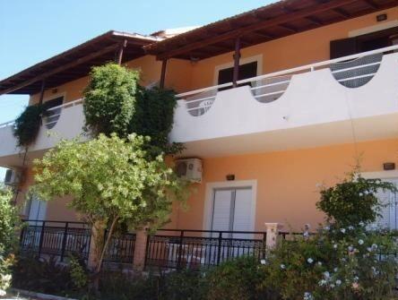 Nikos Kokkinos Apartments