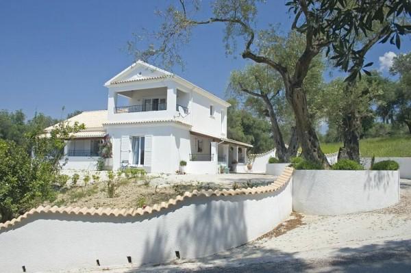 Villa Linakis.